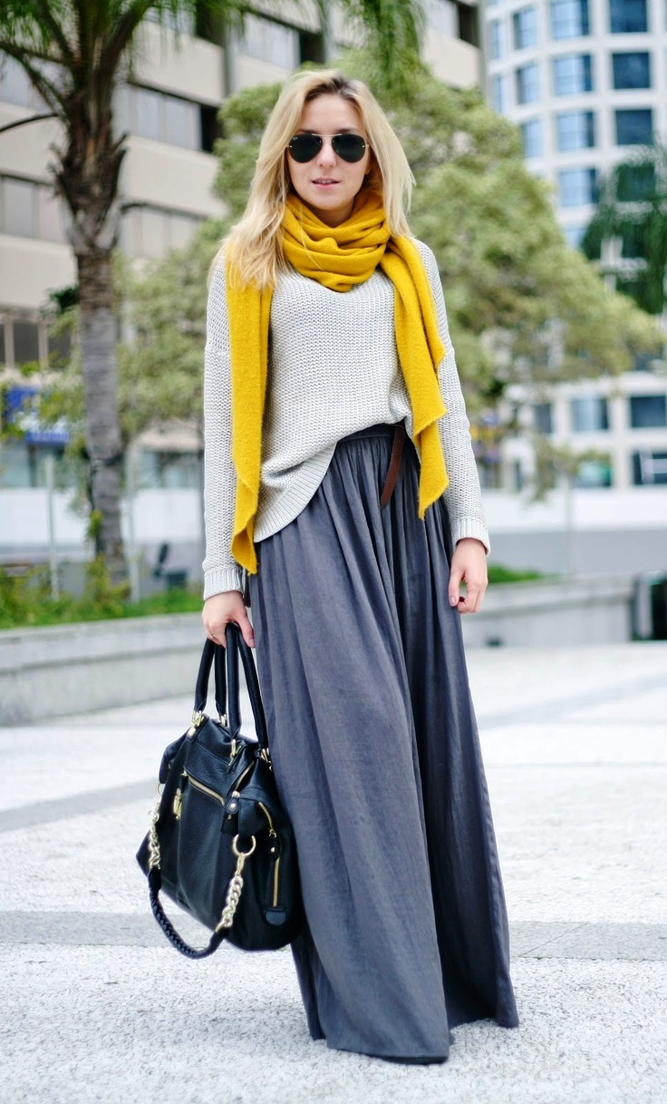 women-long-skirt-in-winter