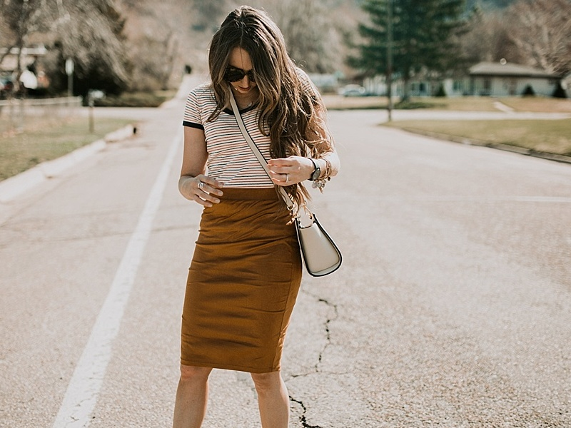 Skirt Outfit Works With Almost Any Shirt Or Blouse (18)