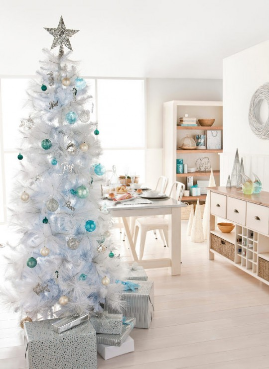 Blue and White Christmas Tree Decoration