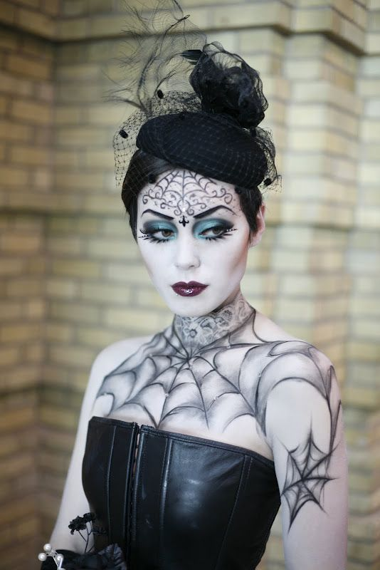 Dark Halloween Makeup Gothic Beauty