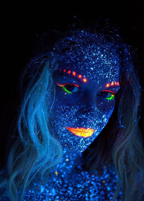 Dark Halloween Makeup Black Lights