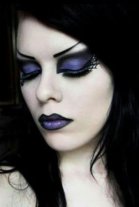 Dark Halloween Makeup Eyeshadows