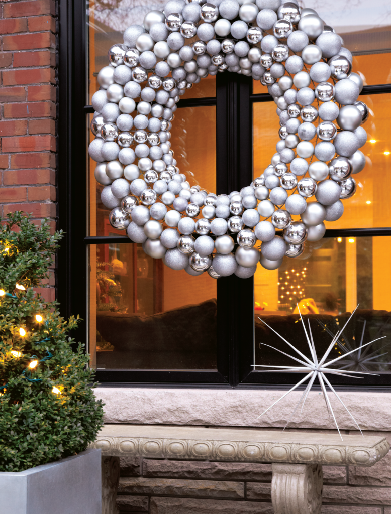 25 modern christmas decoration ideas for Modern christmas decor