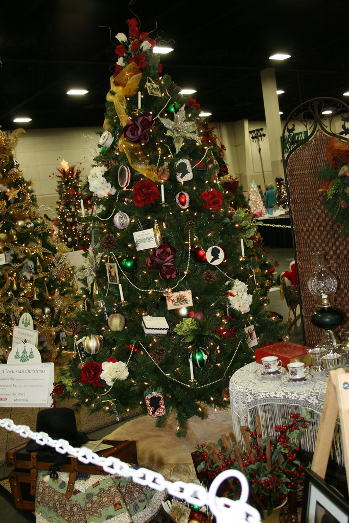 Victorian Decorations for Christmas Tree Ideas