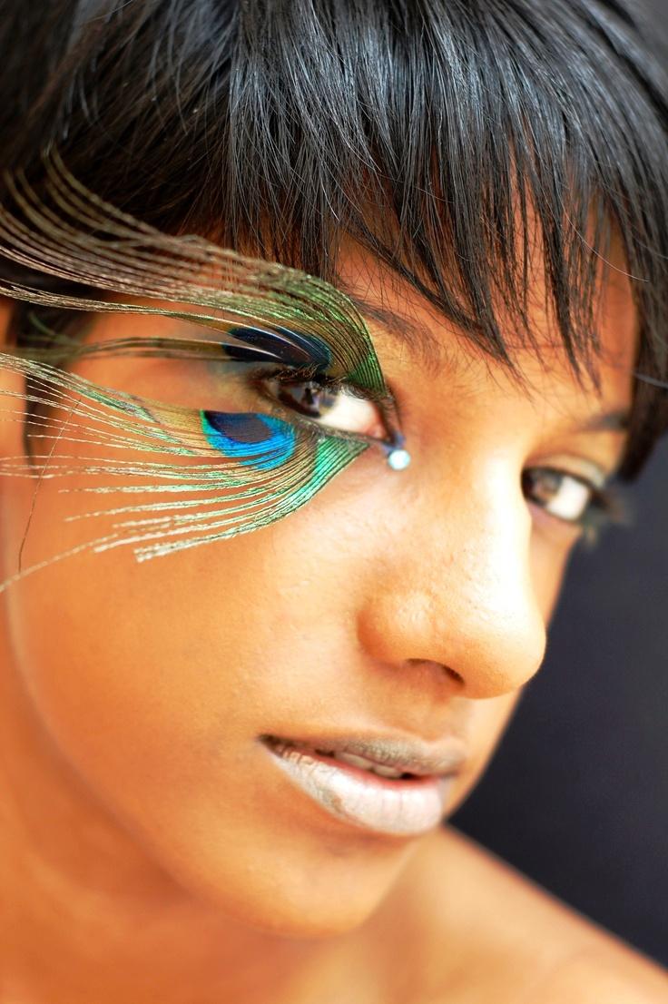 22 peacock eyelashes halloween makeup