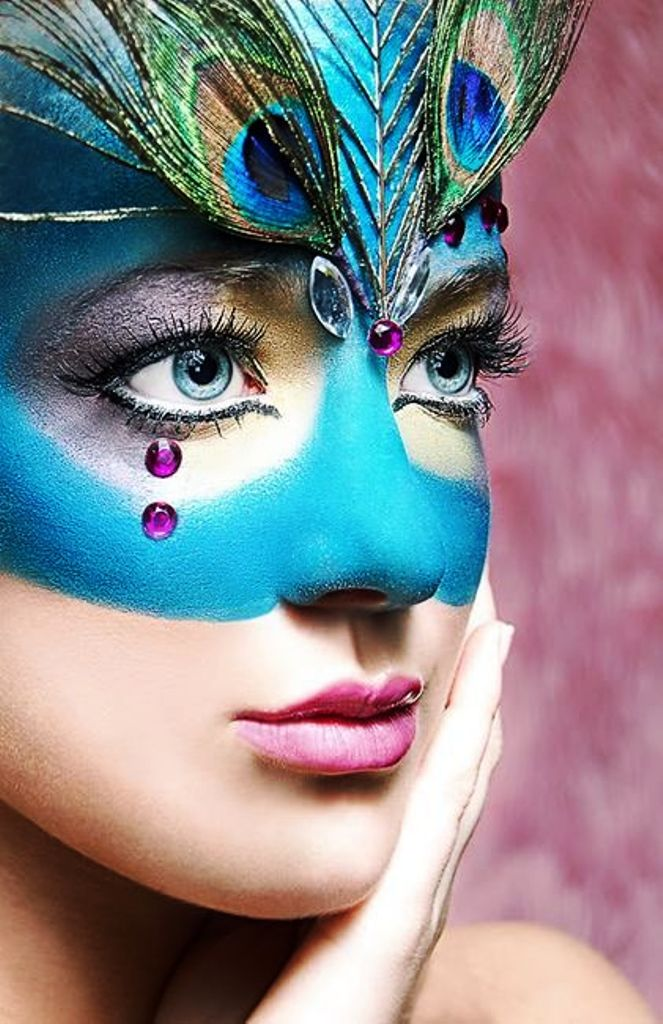8 blue peacock halloween makeup