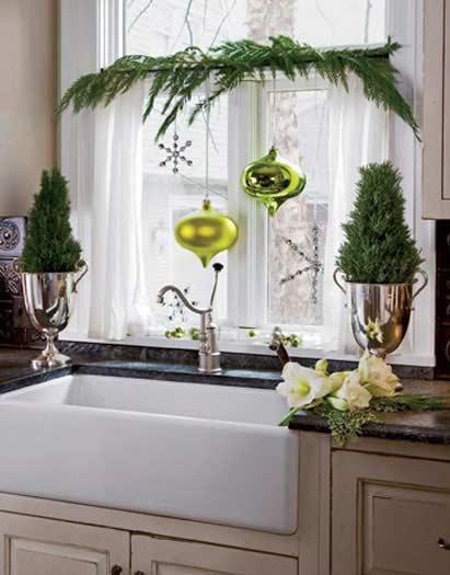 Christmas Window Decor Idea