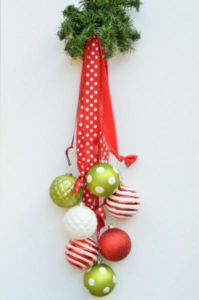 30 Hanging Christmas Decoration Ideas