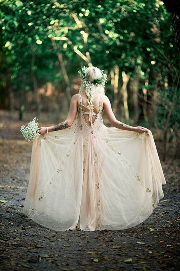 Bohemian Wedding Dress Ideas (3)