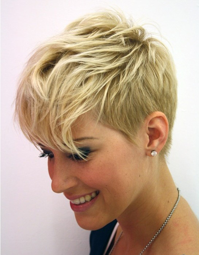 Short Hairstyle Ideas For Your Inspiration (6)