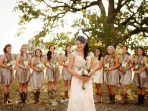 20 Country Wedding Dress Ideas