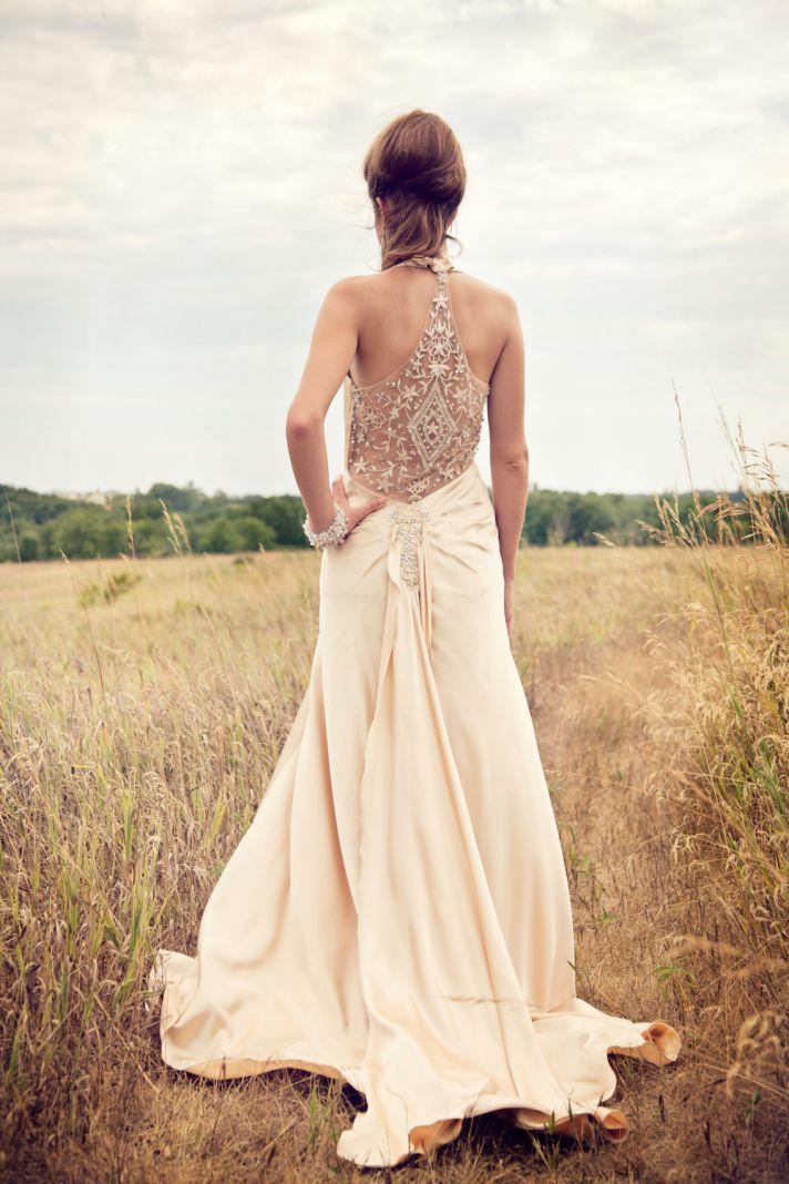 Stunning Vintage Wedding Dress Ideas Inspiredluv (17)
