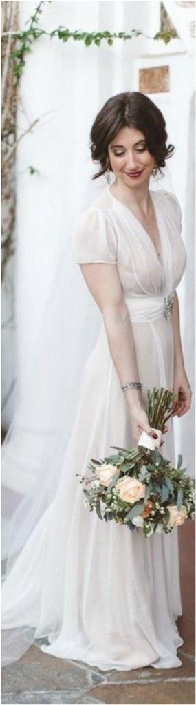 Stunning Vintage Wedding Dress Ideas Inspiredluv (19)
