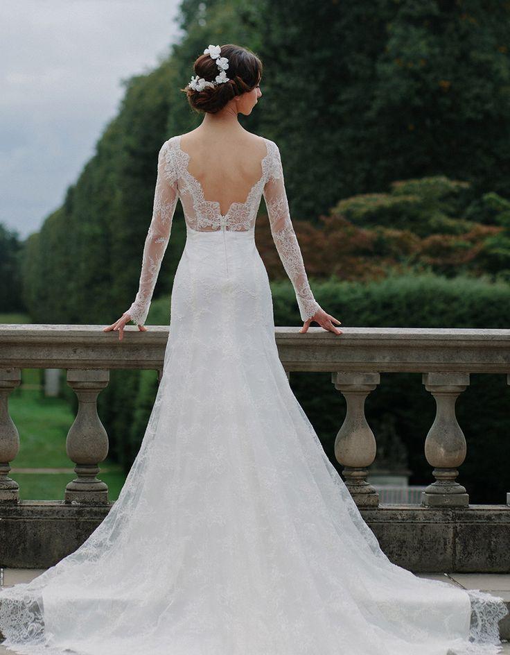 Stunning Vintage Wedding Dress Ideas Inspiredluv (20)