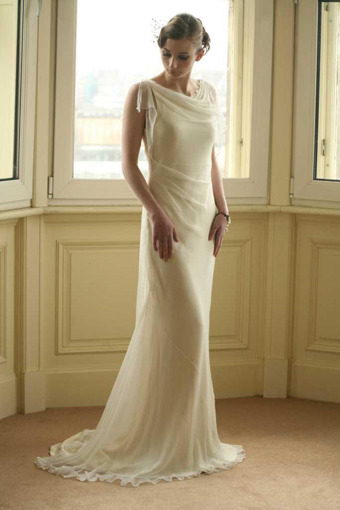 Stunning Vintage Wedding Dress Ideas Inspiredluv (5)