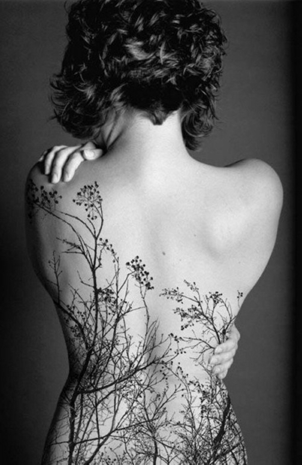 Beautiful Back Tattoos For Women inspiredluv (15)
