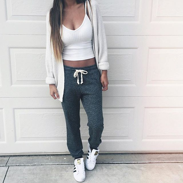 30 Best Cute Sweatpants Outfit Ideas For Women