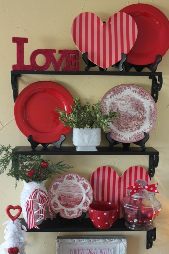 Red Valentine Home Decor Ideas inspiredluv (23)