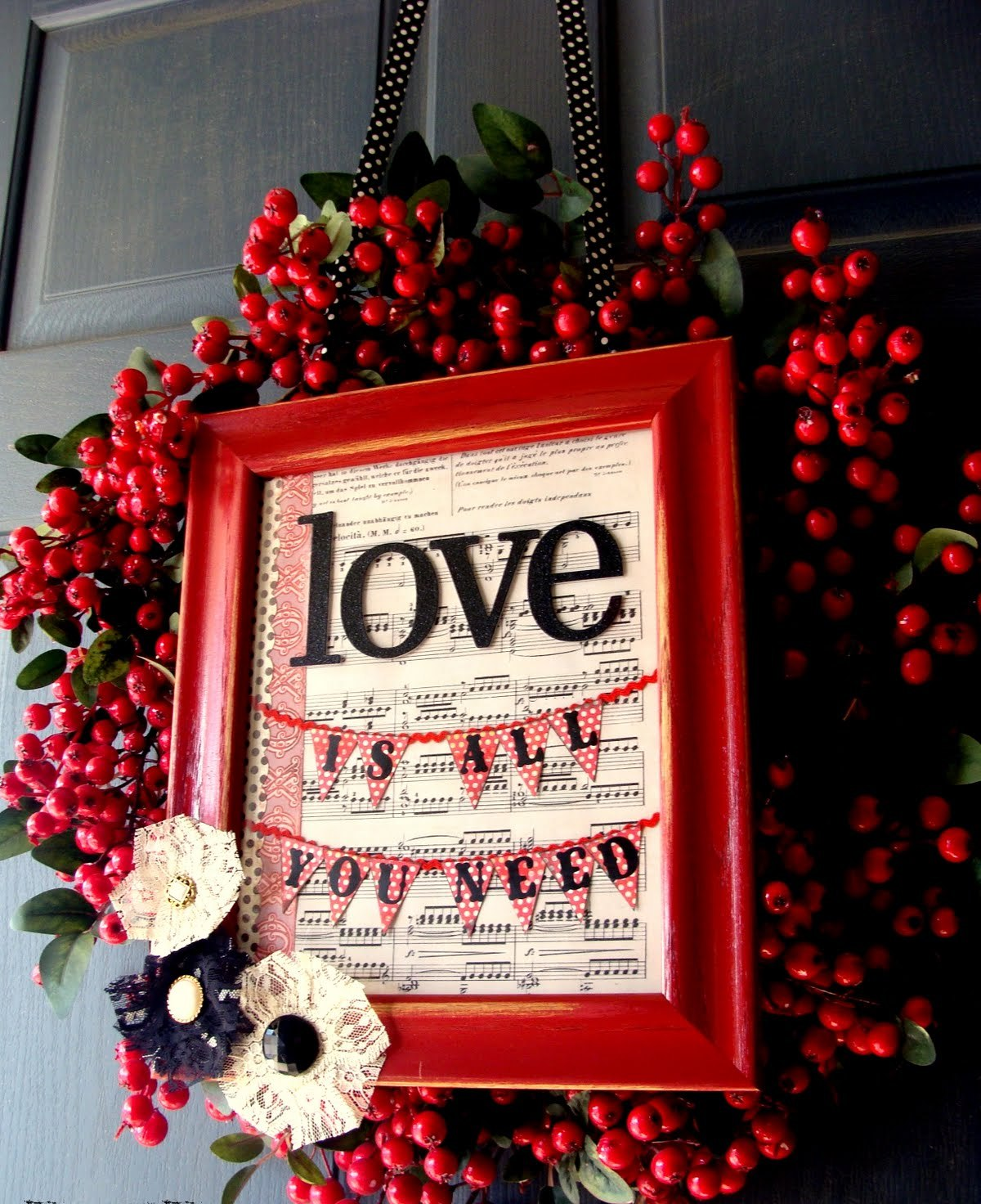 Red Valentine Home Decor Ideas inspiredluv (5)