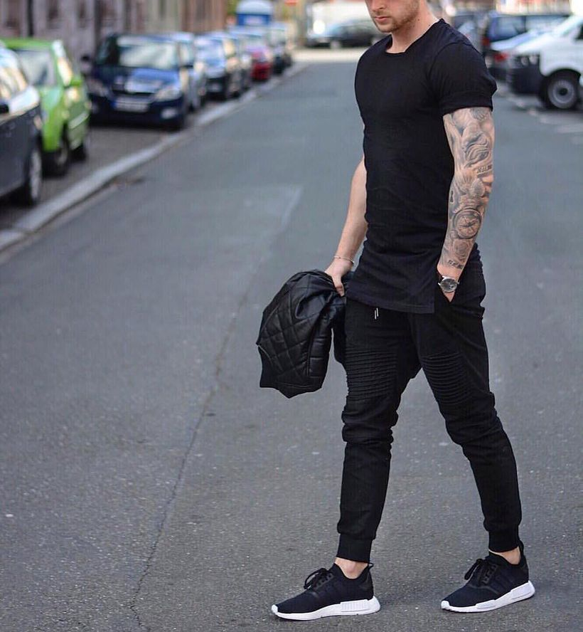 Stunning Men Joggers Style Ideas (26)