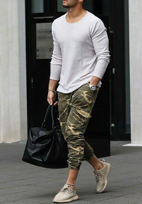 Stunning Men Joggers Style Ideas (8)