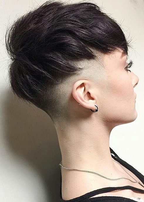 Amazing Short Hairstyles For Women (1)