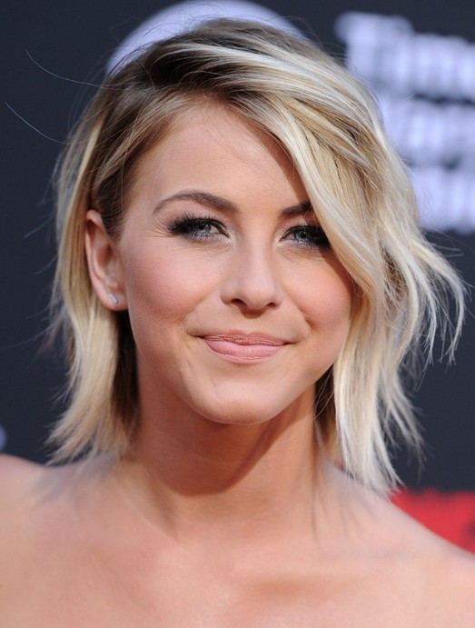 Amazing Short Hairstyles For Women (16)