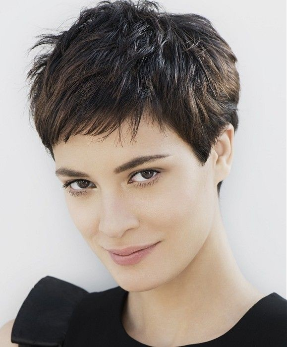 Amazing Short Hairstyles For Women (26)