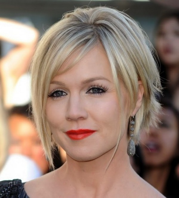 Amazing Short Hairstyles For Women (3)