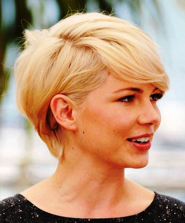 Amazing Short Hairstyles For Women (34)