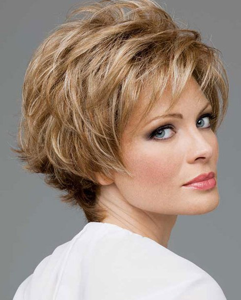 Amazing Short Hairstyles For Women (37)