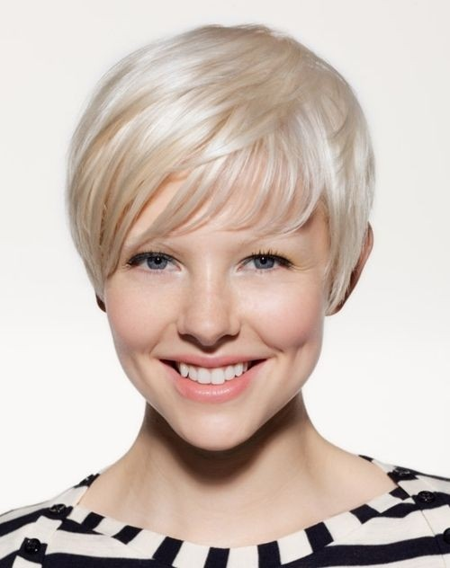 Amazing Short Hairstyles For Women (5)