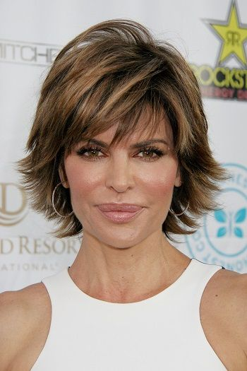 Best Hairstyles For Women Over 50 (11)