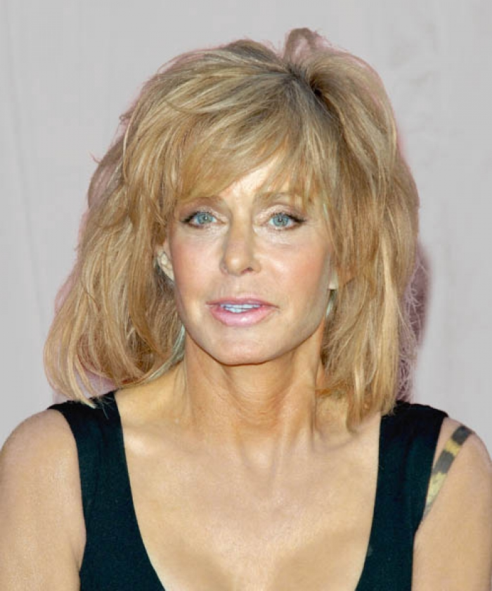 Best Hairstyles For Women Over 50 (3)