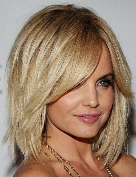 Bob Hairstyles With Bangs ispiredluv (14)