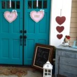 30 Creative Outdoor Valentine Decor Ideas