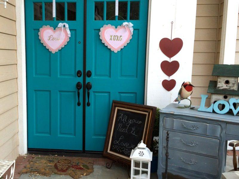 Outdoor Valentine Decor Ideas (12)