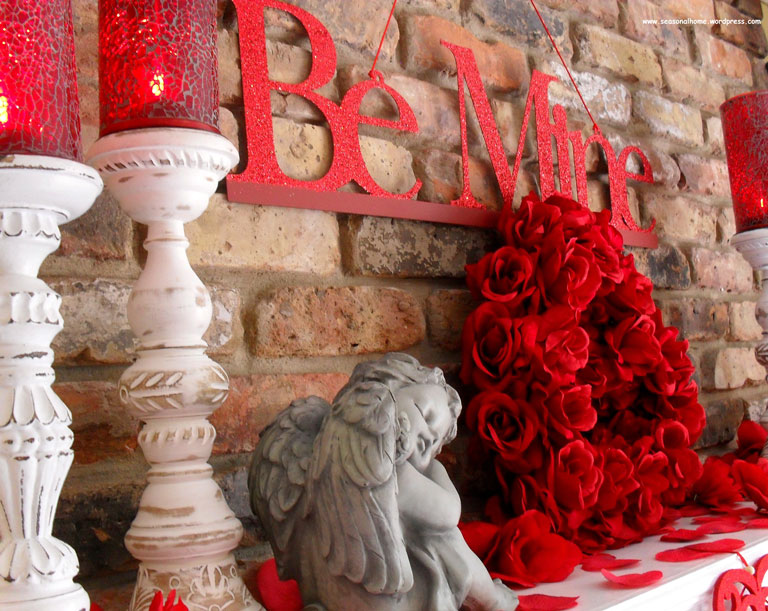 Outdoor Valentine Decor Ideas (25)