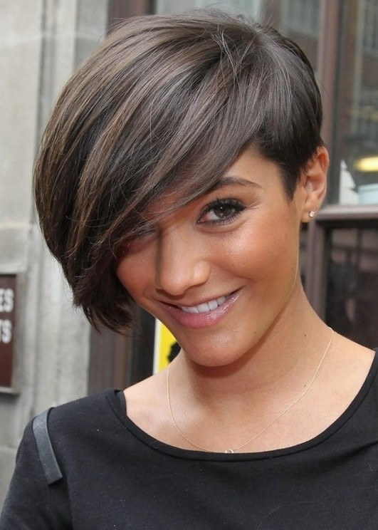 Short Hairstyles For Thick Hair inspiredluv (17)
