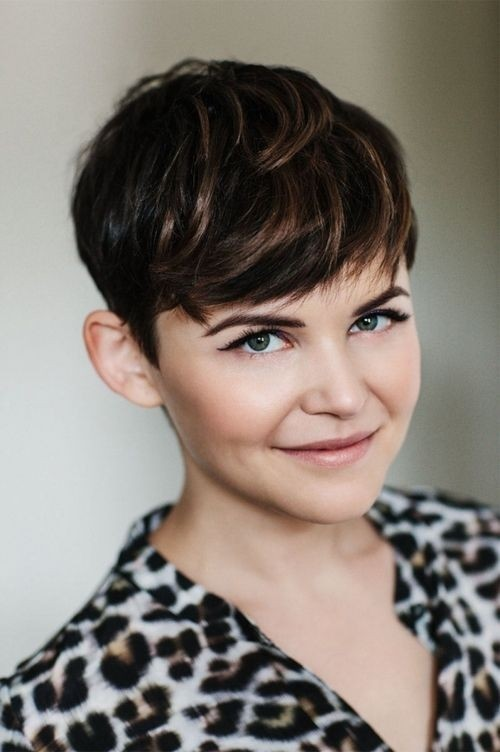 Short Hairstyles For Thick Hair inspiredluv (30)