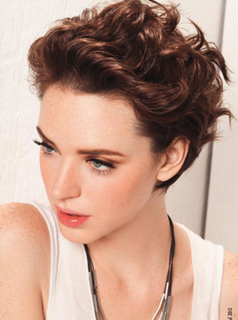 Short Hairstyles For Thick Hair inspiredluv (31)