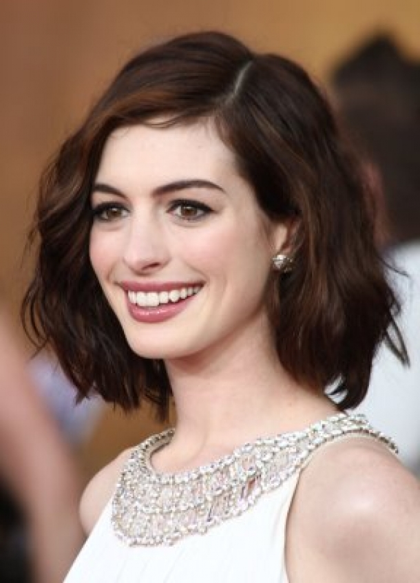 Short Hairstyles For Thick Hair inspiredluv (32)