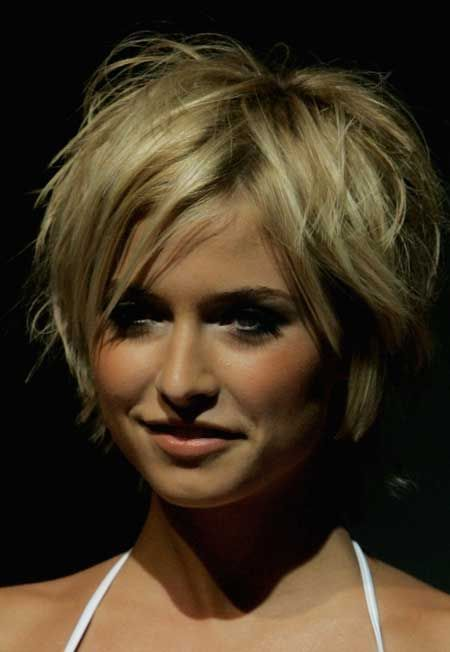 Short Hairstyles For Thick Hair inspiredluv (42)