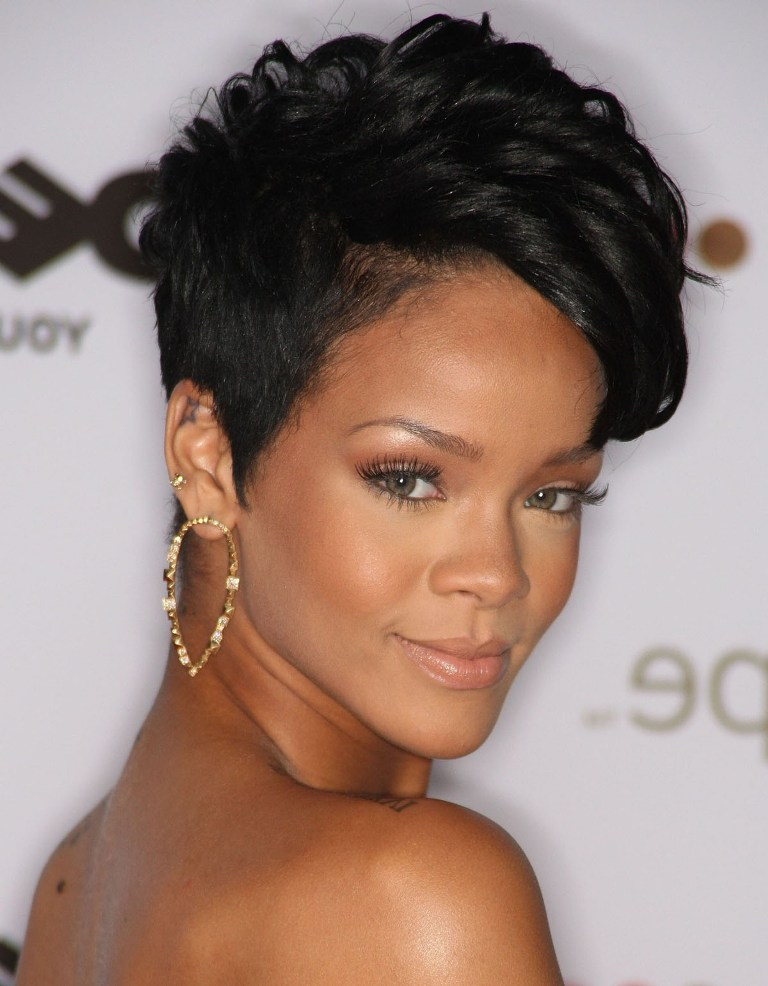 Short Hairstyles For Thick Hair inspiredluv (46)