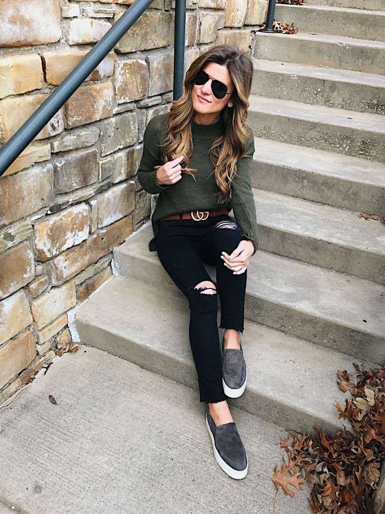 Trendy Black Jeans Outfits (21)