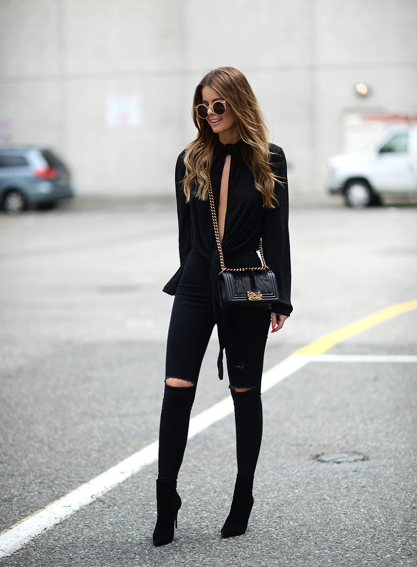 Trendy Black Jeans Outfits (24)