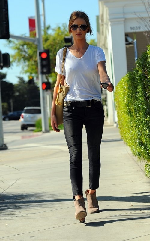 Trendy Black Jeans Outfits (4)