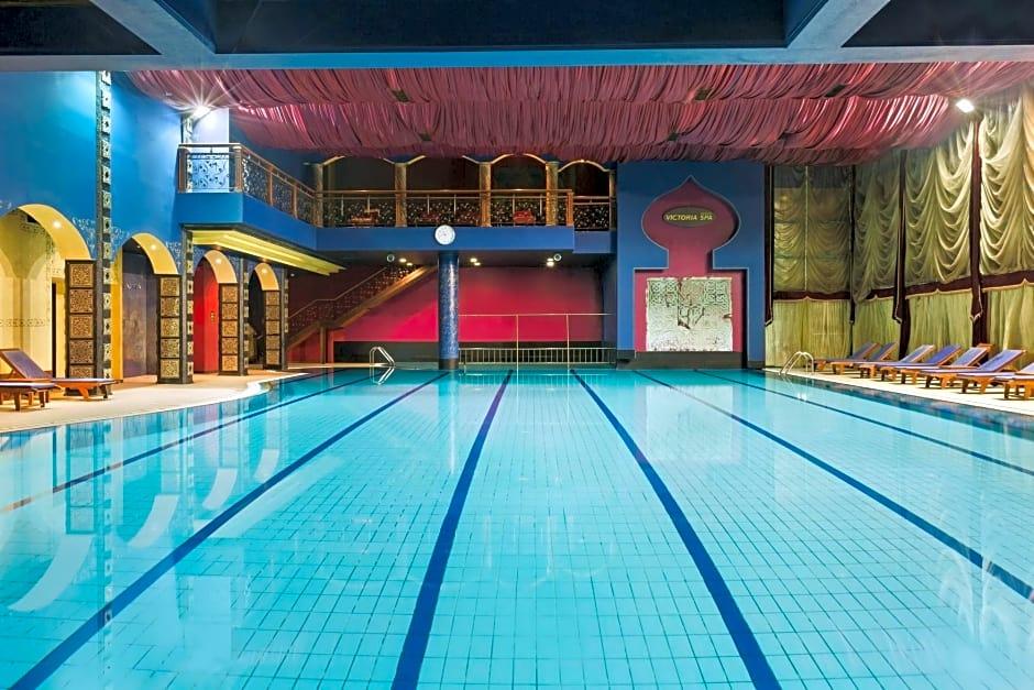 Swim in a mineral pool