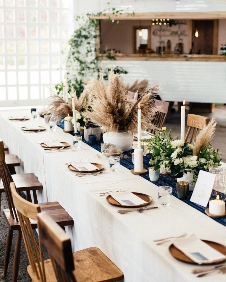 Why you can totally trust dried flowers for wedding decor