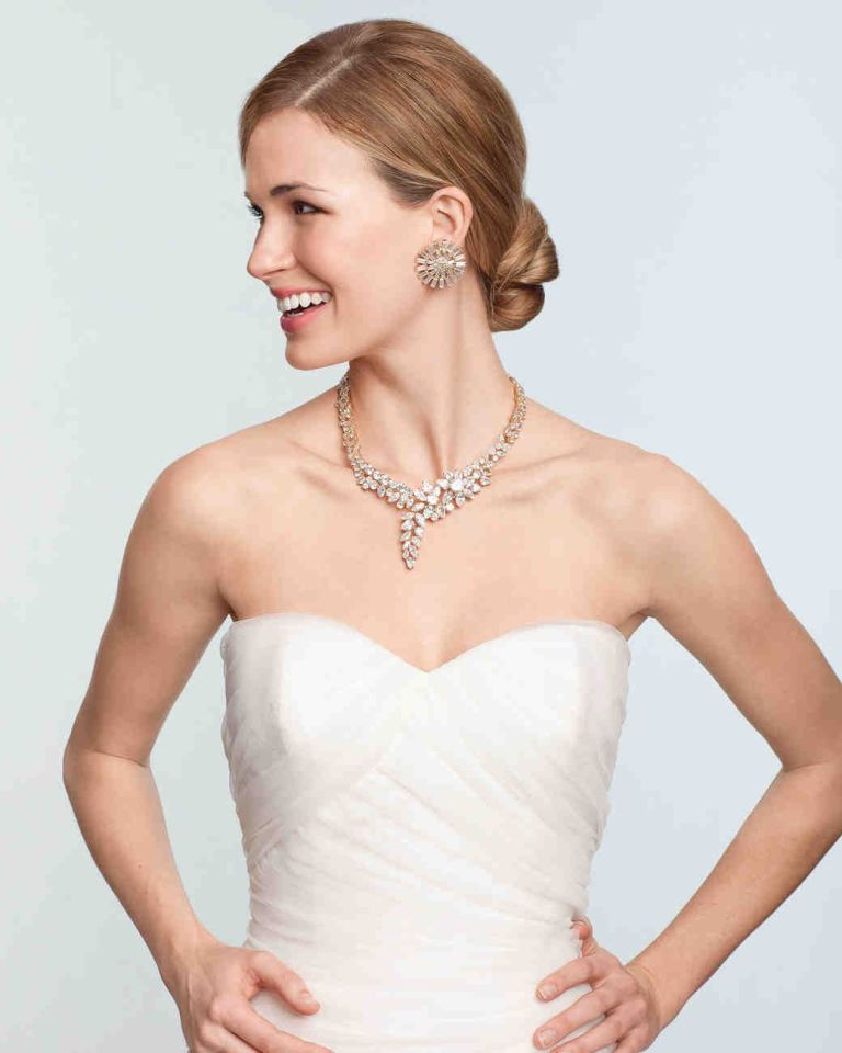 Complement Your Wedding Gown